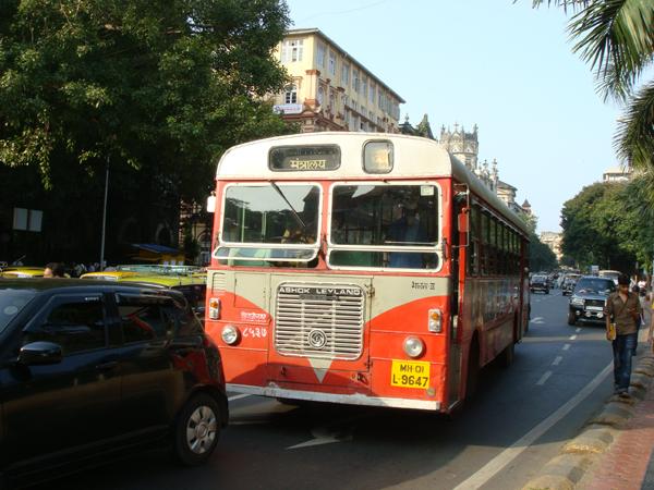 В Индии произошло ещё одно групповое изнасилование в автобусе