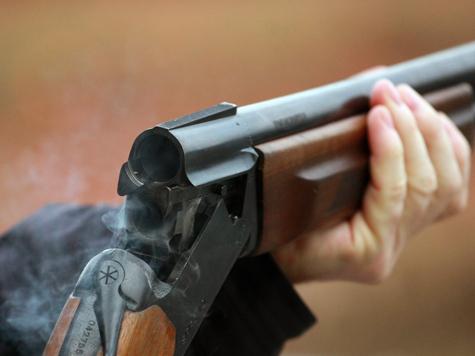 На Ровенщине в сельском кафе парень подстрелил из ружья 8 человек