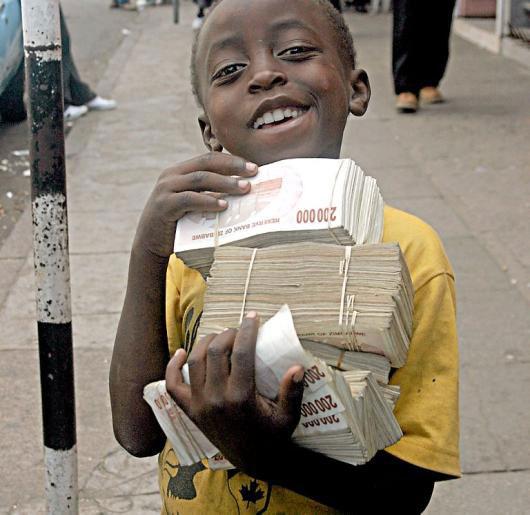 Зимбабве полностью обанкротилось: на счету у государства осталось 217 долларов