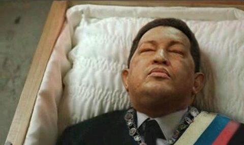 Смерть Уго Чавеса: Латинская Америка в трауре, венесуэльские эмигранты в США радуются