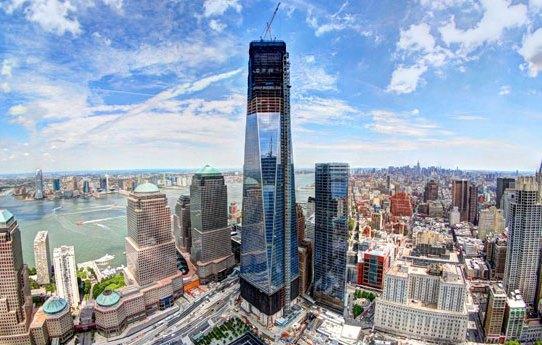 В пятницу, 10 апреля, в Нью-Йорке на вершину Всемирного торгового центра-1 ( 1 World Trade Center), построенного на месте разрушенных 11 сентября 2001  года ... a963f93f085