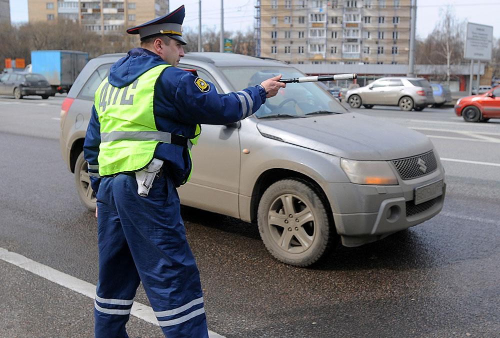 Наличие штрафов, Как узнать страховку по водительскому удостоверению и номеру авто, Проверка штрафов по инн