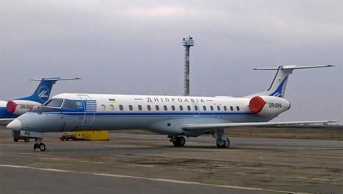 В Домодедово совершил аварийную посадку самолет с горящим двигателем