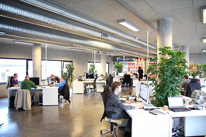 Ученые оценили влияние качества воздуха в офисе на работу сотрудников
