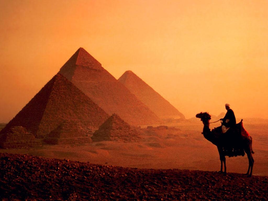 Ученые обнаружили в лабиринтах египетских пирамид машину времени