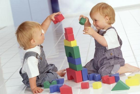 Ученые утверждают, что электронные игрушки влияют на взаимодействие детей и взрослых