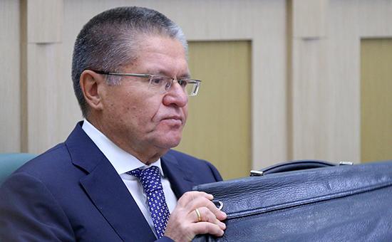Президент РФ уволил Улюкаева по причине «утраты доверия»