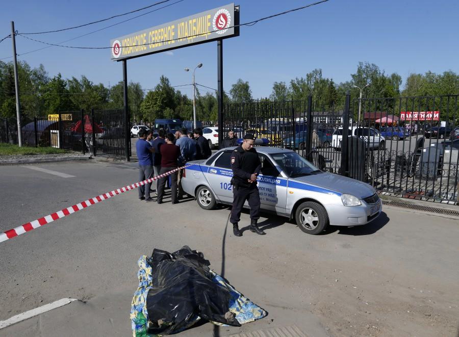 На кладбище в Москве нашли третьего погибшего в разборках