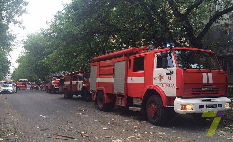 В Одессе в жилом доме произошел взрыв, есть пострадавшие