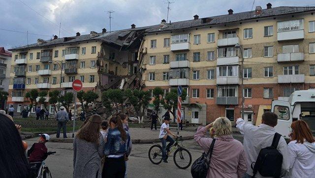 В России в Междуреченске рухнул подъезд пятиэтажного дома