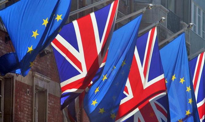 ЕС обратился к Великобритании быстрее начать процедуру выхода и исключает пересмотр условий членства