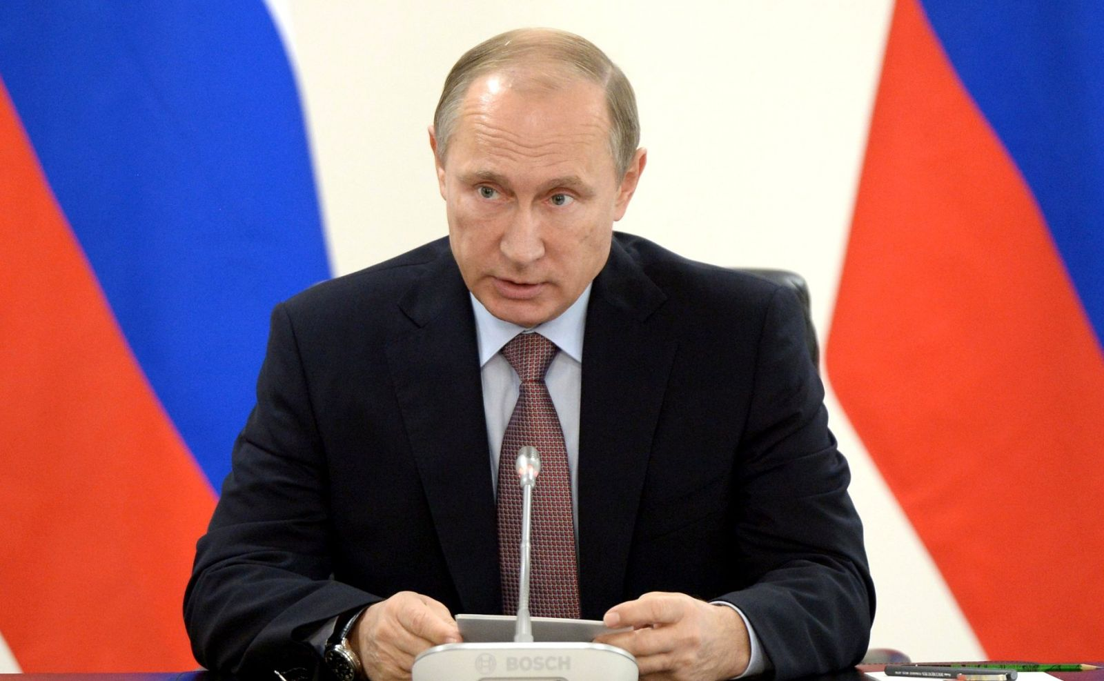 Путин поддерживает ввод на Донбасс вооруженной миссии ОБСЕ