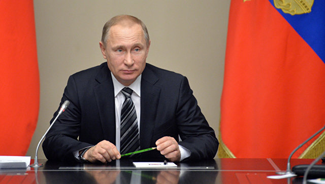 Путин продлил действие продовольственного эмбарго против Запада на 1,5 года