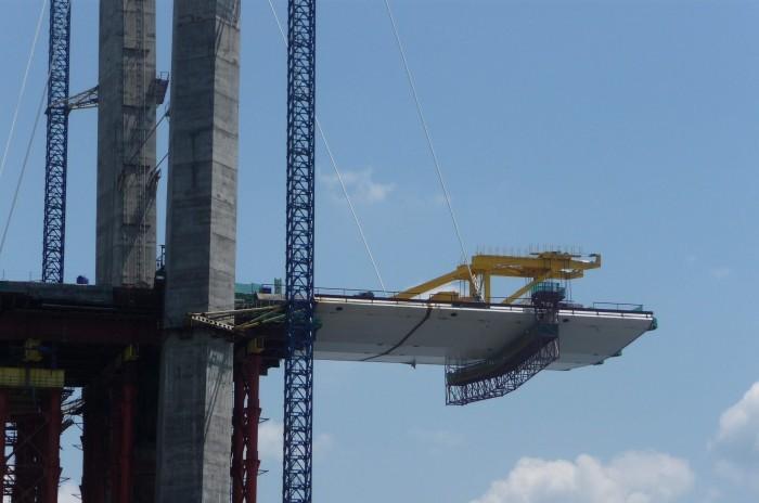 У российской компании нет денег на возведение Керченского моста