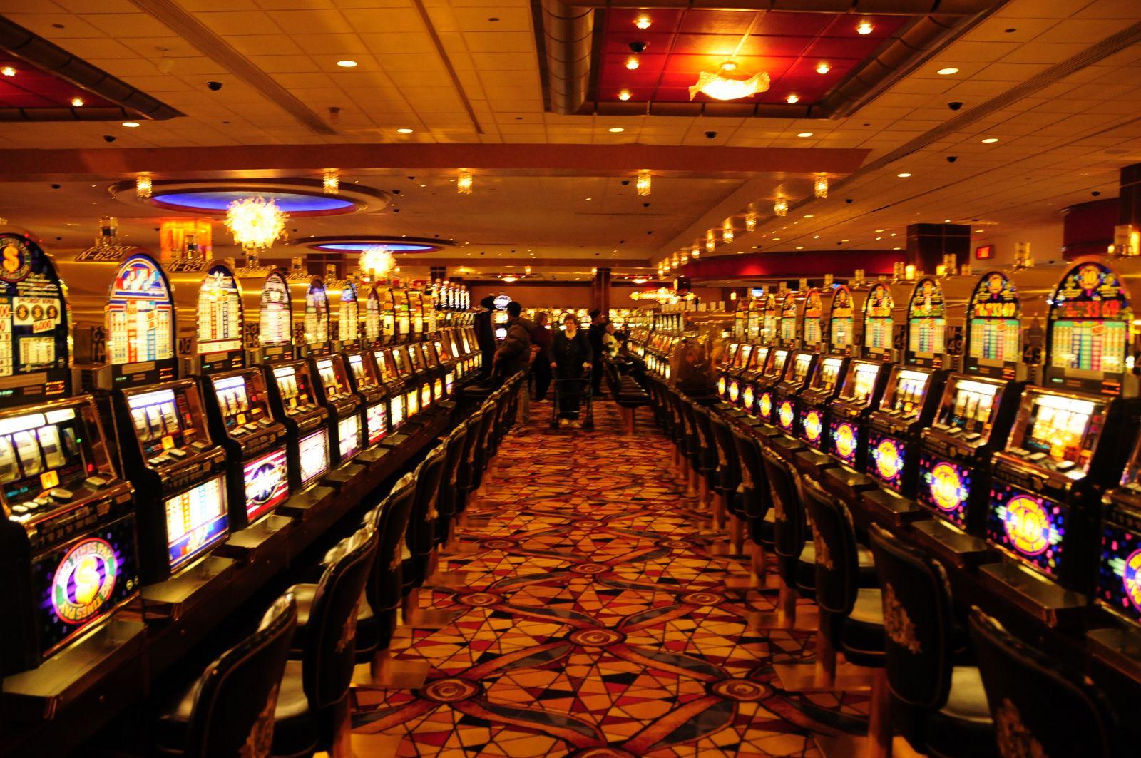 Азино 777 на деньги - играть онлайн на рубли и доллары