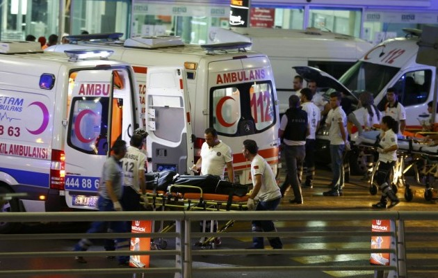 Двое подрывателей-смертников из стамбульского аэропорта имели паспорта России