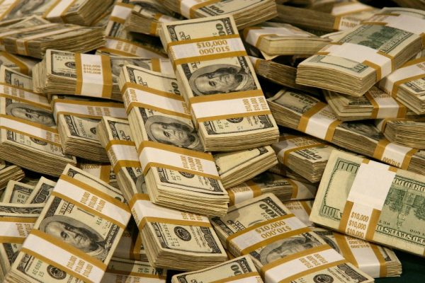 У заместителя главного антикоррупционера РФ нашли крупную сумму денег