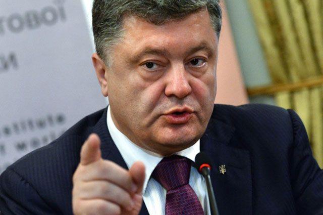 Порошенко предупреждает об угрозе полномасштабной войны между Украиной и РФ