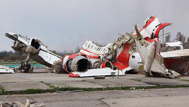 Левое крыло самолета Качиньского было повреждено взрывом