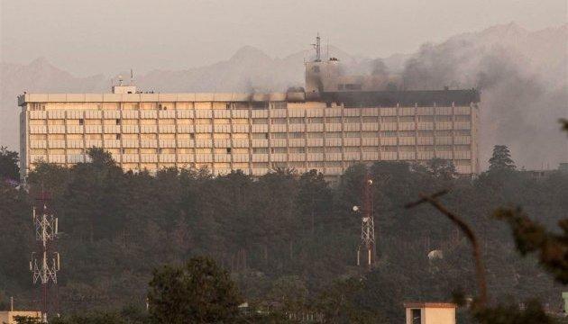 В результате нападения террористов на отель в Кабуле погиб украинец