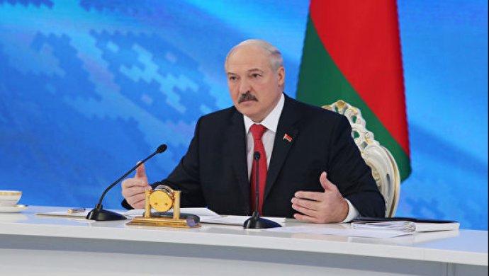 Лукашенко заявил, что Россия не считает Беларусь братской страной