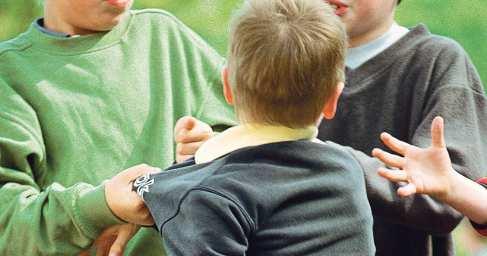 В Днипре мальчика-переселенца из Донбасса учителя и школьники довели до инсульта