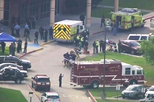 Неизвестный открыл стрельбу в техасской школе, есть погибшие