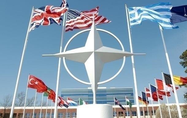 В НАТО одобрили инициативу Трампа по увеличению расходов на оборону