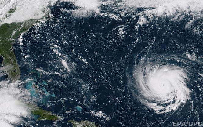 Из-за надвигающегося урагана в Вашингтоне объявили режим ЧП