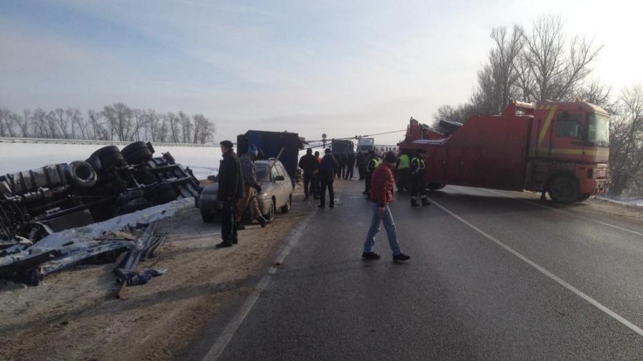 Количество погибших в аварии под Воронежем увеличилось до 8 человек