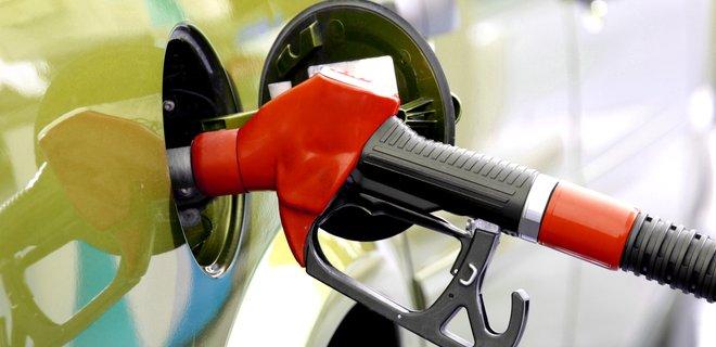 В России снова начали расти цены на бензин
