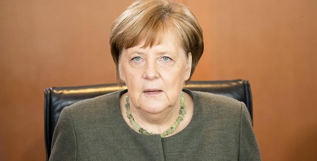 Ангела Меркель поздравила Владимира Зеленского с победой