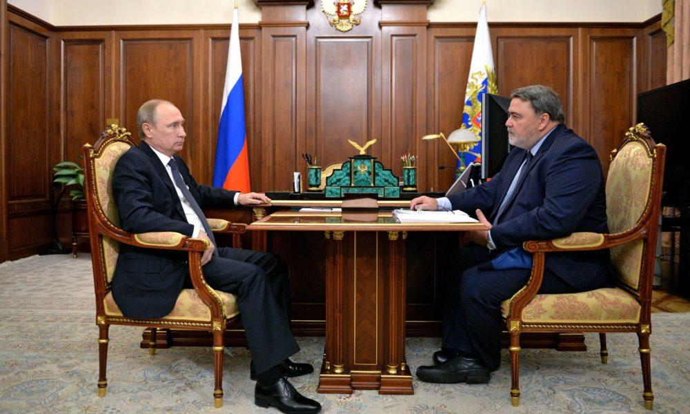 Путин поручил руководителю ФАС разобраться с ростом тарифов ЖКХ