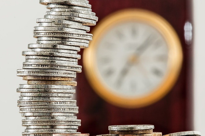 Рост пенсионных выплат в России хотят закрепить в Конституции