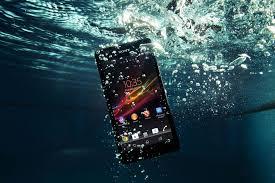 Что делать, если утопил телефон с несъемной батареей?