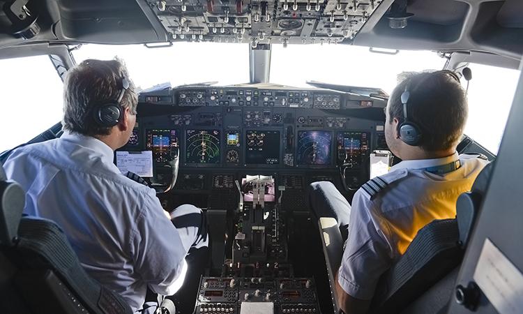 Китайские авиакомпании уволят российских пилотов
