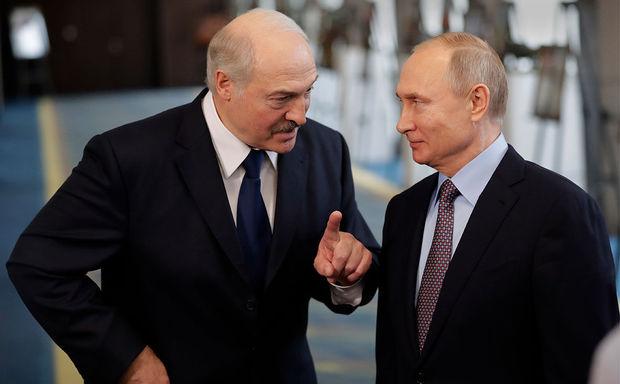 Лукашенко рассказал, о чем разговаривал с Путиным