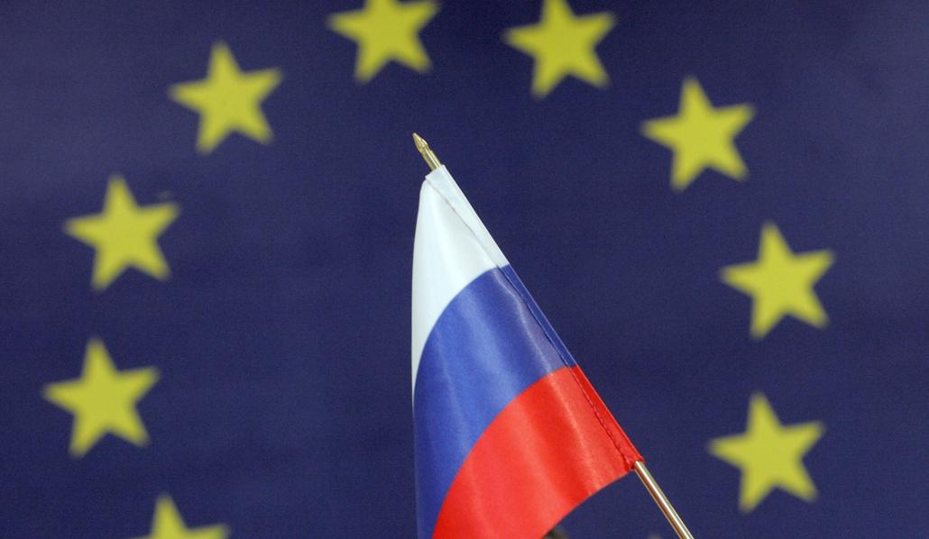 Евросоюз продлевает санкции против России