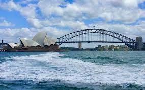 Впервые с начала пандемии Австралия открывает границы